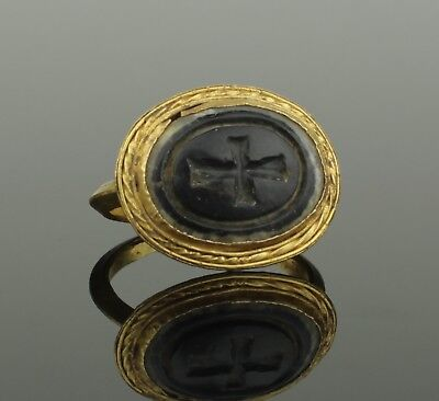 BEAUTIFUL LARGE ANCIENT BYZANTINE GOLD INTAGLIO RING CIRCA - 9th Century AD
