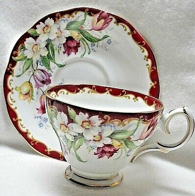 Antique Bell Fine Bone China Teacup and Saucer - Narcissus - England - MINT