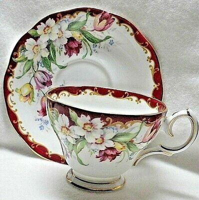 Bell Fine Bone China Teacup and Saucer - Narcissus - England - MINT