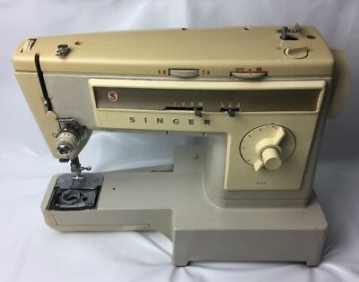 Vintage Retro SINGER Sewing Machine Model 533 Spares or Repairs No Power Cable