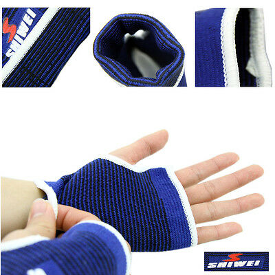 Outdoor Sports 2 x Blue Elasticated Hand Palm Wrist Glove Joint Muscle Supports