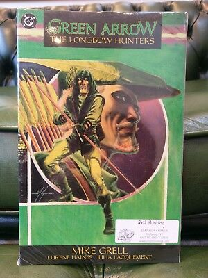 Green Arrow The Longbow Hunters DC Comics Graphic Novel Mike Grell - Brand New