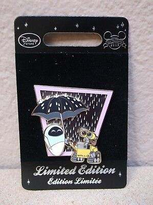 Disney Store Europe Uk Wall-E With Umbrella And Eve Pin Le800 Moc