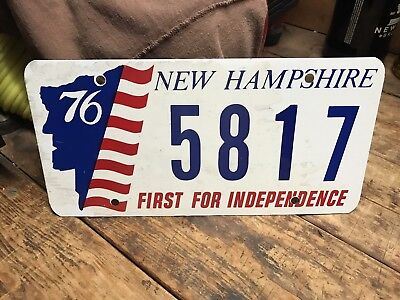 Vintage New Hampshire Bicentennial Plate Old Man Of The Mountain Red,White,Blue