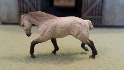 WHISPER Mini Whinnies Surprise Series 2 Beyer Animal Creations 28mm scale horse