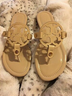 NEW $198 TORY BURCH 8 Miller SAND Patent Leather T-Logo Flat SHOES SANDALS RARE