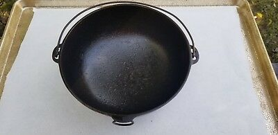 Wagner Ware Sidney #3 Cast Iron Stew Pot Handle Pour Ring Cleaned and Seasoned