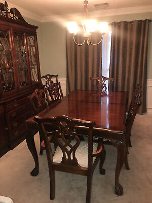 Dining Set Stanley Furniture Company, Stoneleigh Mahogany, 60th Anniversary