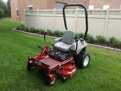 EXMARK LAZER Z CT zero turn mower
