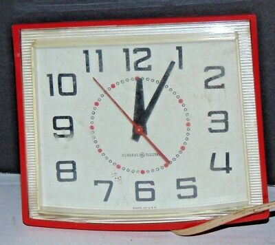 1950's Vintage General Electric GE Kitchen Square Red Wall Clock WORKING