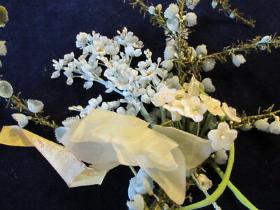 """Vintage Millinery Flower Fruit Ivory Green 3//4/"""" Quince Lot 12p Trim for Hat Y199"""