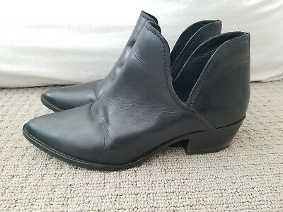 a27e9705672 STEVE MADDEN AUSTIN Western Ankle Boots Booties Black Leather WOMENS SZ  8.5M EUC