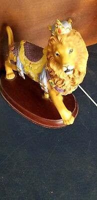 Fabulus Lenox 1990 Retired Lion Porcelain Figurine, Nice item