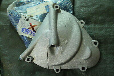 S23) Vespa 50 Special Genuine Clutch Cover New 079083 90 50 S 50 R Ss Cover