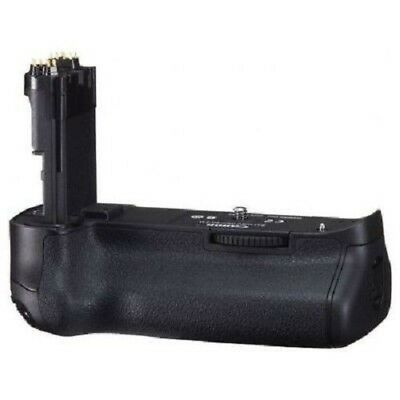 USED Canon Battery Grip BG-E11 Excellent FREE SHIPPING