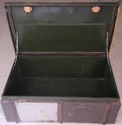 Army Foot Locker metal trunk/chest Vietnam Era or earlier
