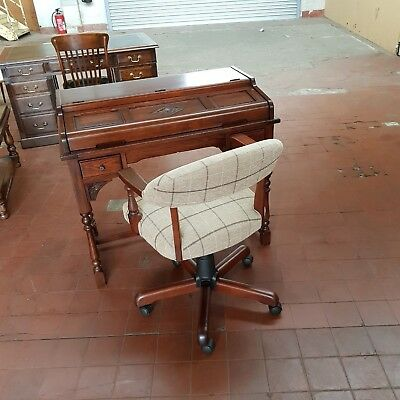 Old Charm Oak Furniture Pedestal Desk/writing Table & Matching Captains Chair