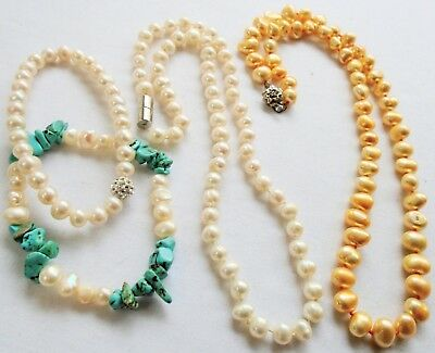 Two vintage hand knotted cultured pearl necklaces + 2 bracelets