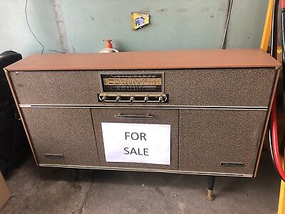 Vintage Old Chieftain Stereophonic Radio Turntable