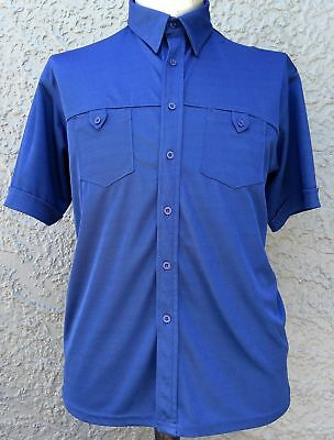 Men's short sleeve body shirt by 'Closed' royal blue Size L