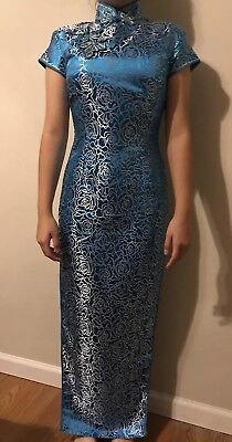 Traditional Chinese Women's Long Dress Embroidered Cheongsam Qipao