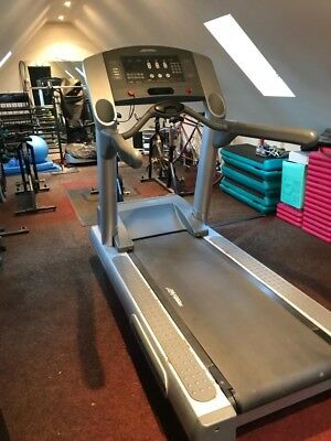 Lifefitness  Life Fitness Commercial Treadmill Running Machine