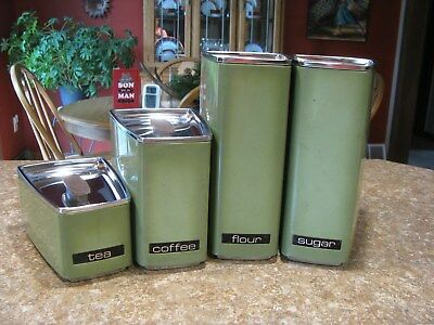Vintage Lincoln Beauty Ware Canister Set Green in excellent condition