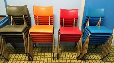 24 STACKING CHAIRS RETRO VINTAGE SEBEL - Assorted colours