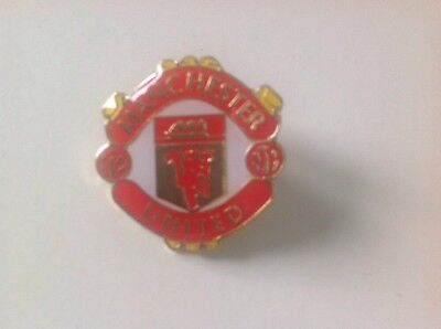 Manchester United Red Devils Football Pin Badge New In Package