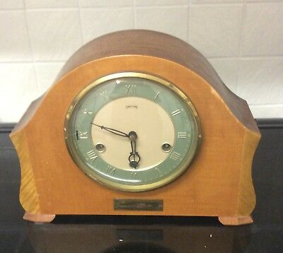 A Vintage Smiths Mantle Clock Westminster Chimes