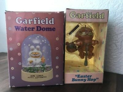 VTG Garfield Cat Bunny Easter Figurine Water Dome Here Comes Kitty Cottontail