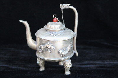Chinese Collectable Miao Silver Carve Lizard & Dragon Head Handle Elegant Teapot