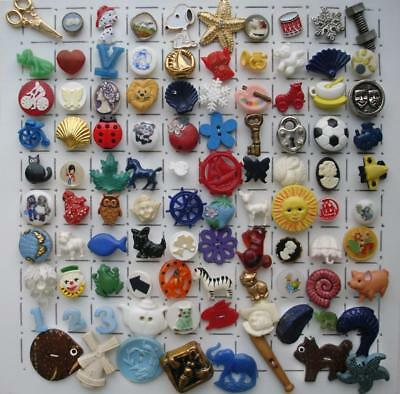 98 Vintage Realistic Buttons