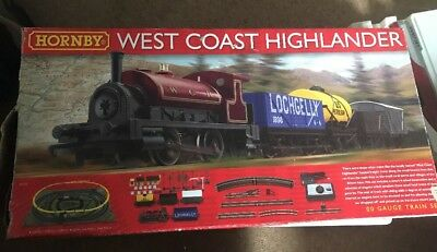 Hornby West Coast Highlander Train Set Not Complete