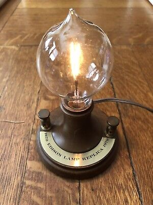 Thomas Edison 1879 Antique Light Bulb (Replica) - IN ORIGINAL BOX