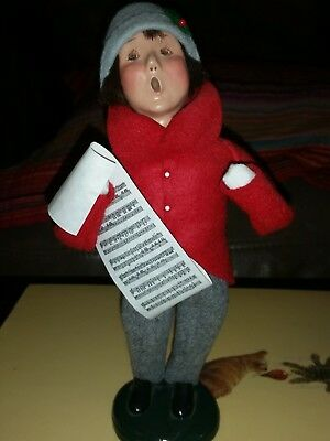 Byers' Choice ~ Traditional Child w/ Sheet music ~ Very good Condition