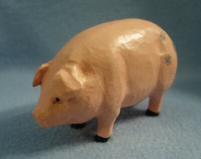 Cute 4 1/2 inch long Pink Pig Collectible