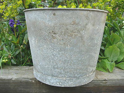 Genuine Vintage  Galvanised Flower Bucket  Garden Planters  23 cm high  (436d)