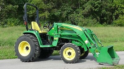 2008 John Deere 3520 4X4 Tractor With Loader
