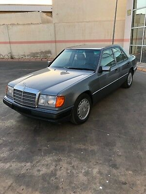 Mercedes-Benz 300E W124 1Hand, 29.000kms, mit KAT, photos in description!!! TOP