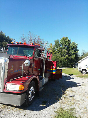 1987 Peterbilt Heavy Duty Wrecker With Holmes Bed 25 Ton
