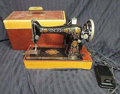 1910 Singer Sewing Machine Model 66 S/N G5953197 RED EYE with Case - Works