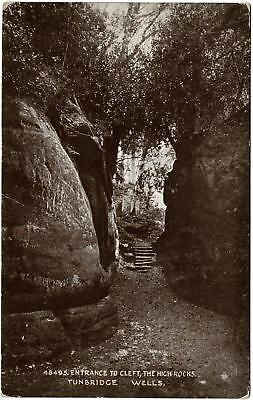 VINTAGE ENTRANCE to CLEFT, THE HIGH ROCKS, TUNBRIDGE WELLS PHOTOCHROM POSTCARD