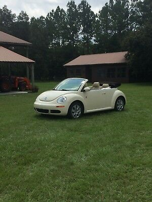 2009 Volkswagen Beetle-New 2dr Automatic Final Edition 2009 convertible beetle