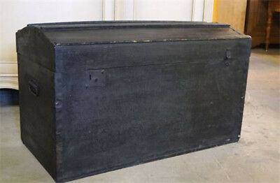 Dead Mans Chest - Pirates of the Carribean and Treasure Island style