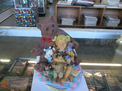 1996 Tom Clark Roberta Griffin THE TEDDY BEAR COLLECTOR Figurine Cairn Signed