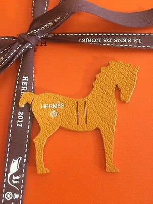 Hermès Petit h mini charm, leather piece -Cheval-