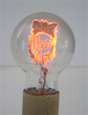1930's AEROLUX FIGURAL FILAMENT ANTIQUE LIGHT BULB MERRY CHRISTMAS HOLLY WREATH