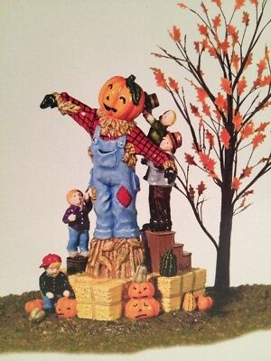 Dept 56 Halloween- Building The Scarecrow 2002 Retired Snow Village NEW IN BOX