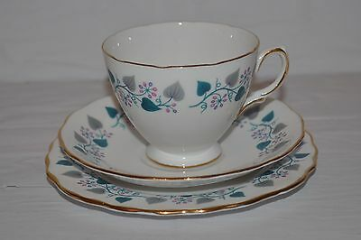 ROYAL VALE BONE CHINA 1950s RIDGWAY POTTERIES TRIO TEA CUP SAUCER & SIDE PLATE